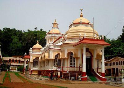 Lord-Mangesh-Temple